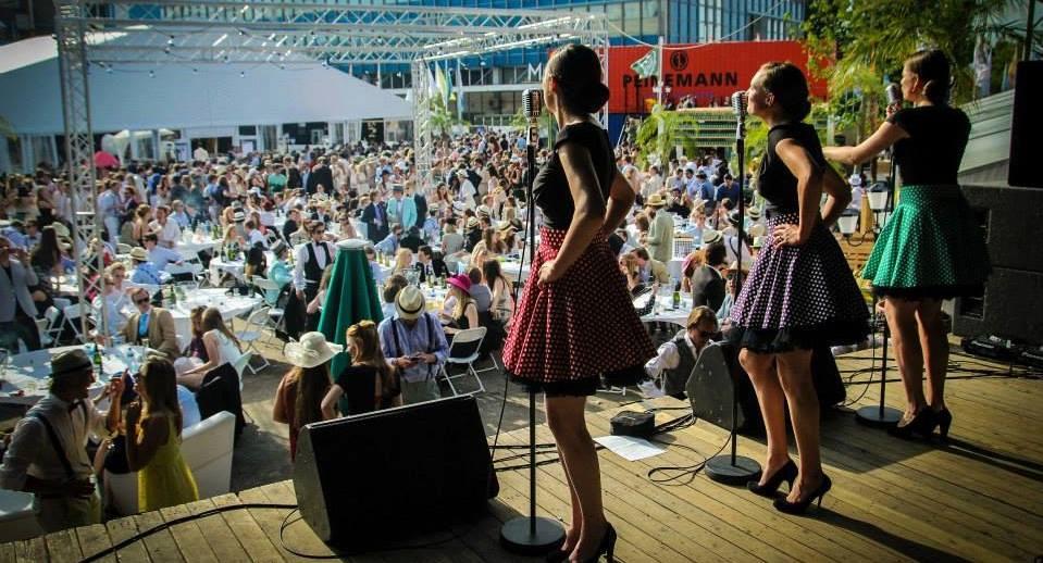 Jaren 50/ 60 zangeressen act Petticoats