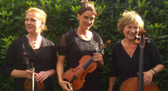 Klassiek ensemble Divertimento, dames trio bestaande uit viool, cello en piano