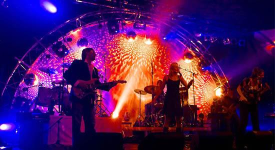 Coverband Clean Sweep speelt met veel passie en enthousiasme de all-time favourite hits