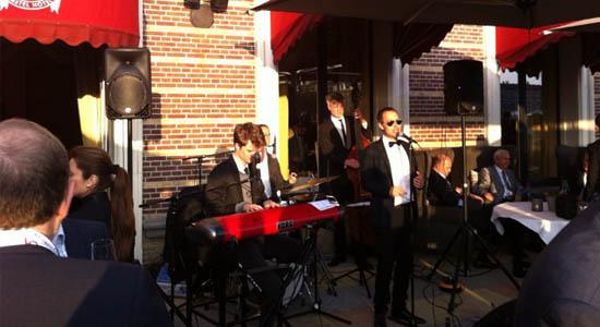 Jazz band Croones Echo