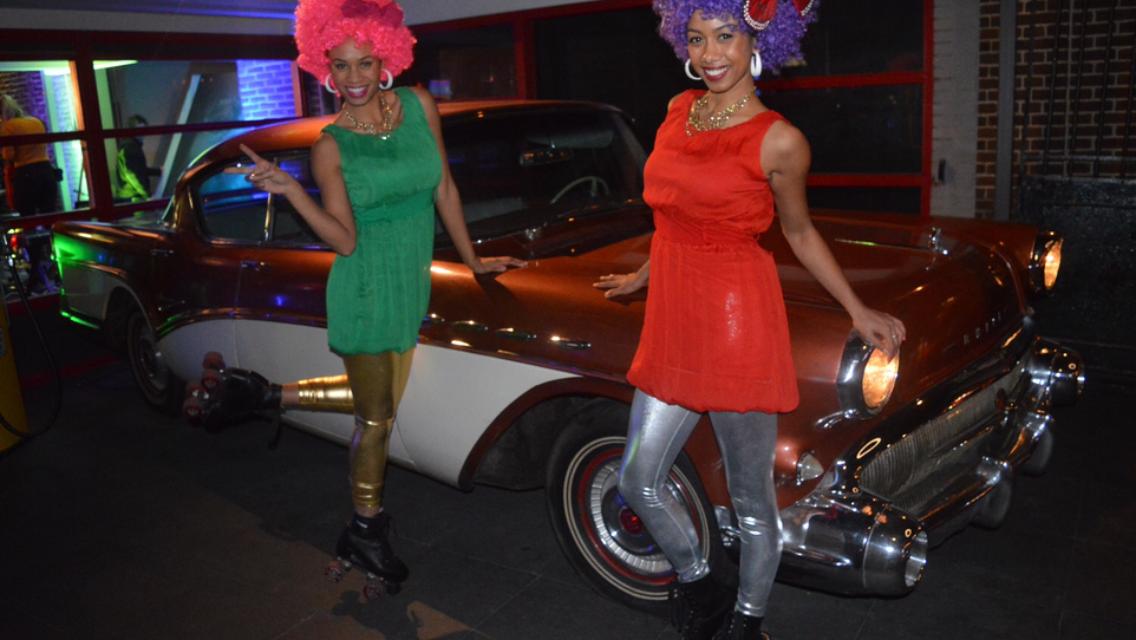 Roller babes - disco rolschaatsen hostesses