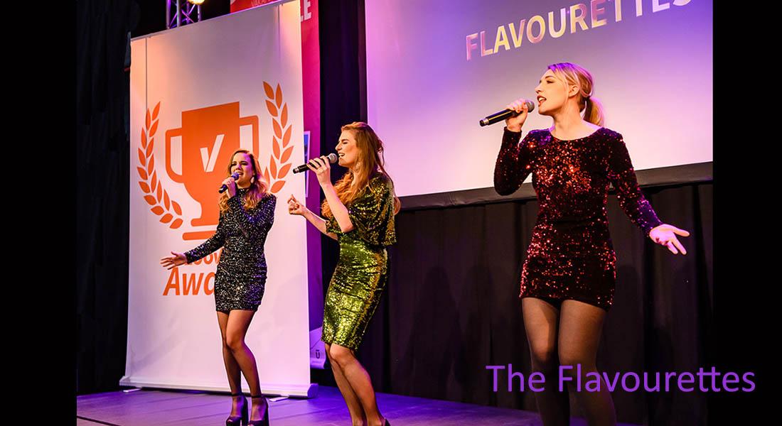 Singing waitresses the Flavourettes